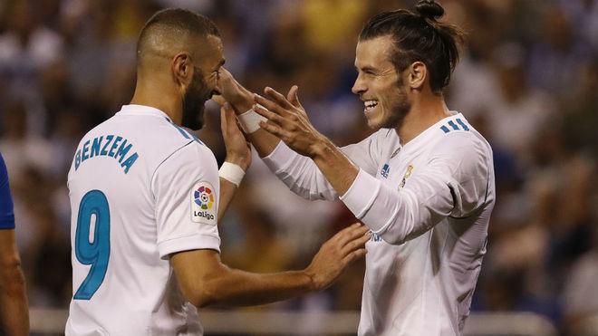 Bale y Benzema, celebran el primer gol del Real Madrid.