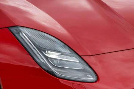 Jaguar F Type 2 0 2018 001