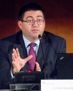 El responsable federal de Políticas Económicas de IU y concejal de Hacienda del Ayuntamiento de Madrid, Carlos Sánchez Mato. E.P.