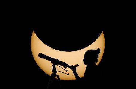 Investigadores se dedicaron a 'cazar' los eclipses solares. (Shutterstock)