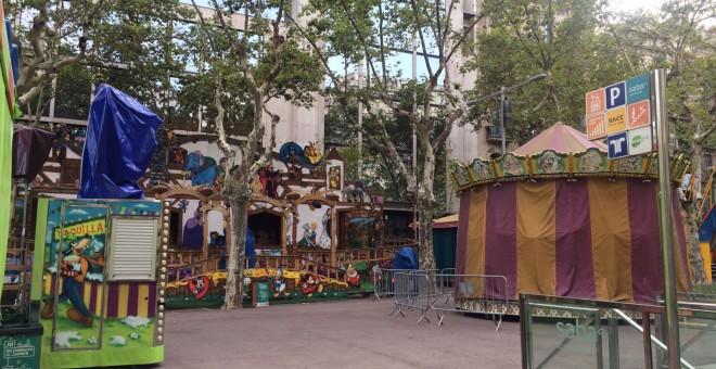 Les atraccions infantils instal·lades als Jardinets de Gràcies resten tancades des de l'atemptat. FOTO: Elena Parreño