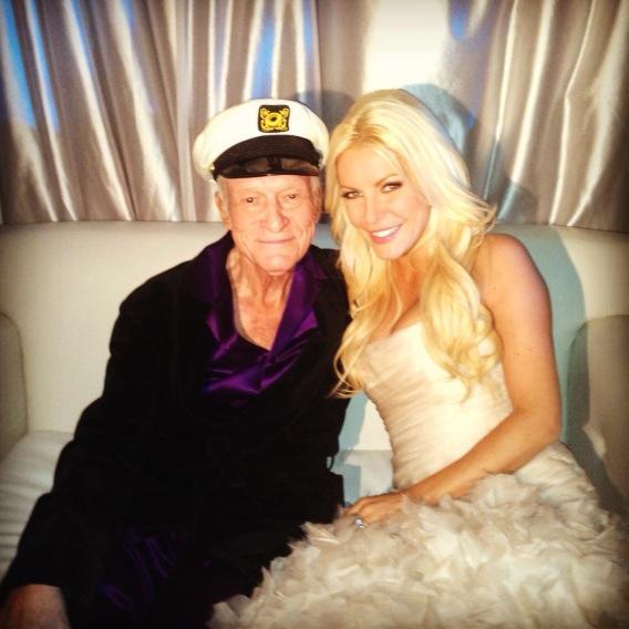 Hugh Hefner y Crystal Harris se casan en la mansión Playboy