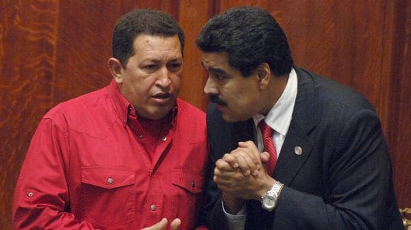 Hugo Chávez y Nicolas Maduro