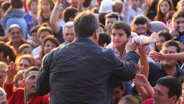 Massa participó de un evento en Florencio Varela por el Día del Niño