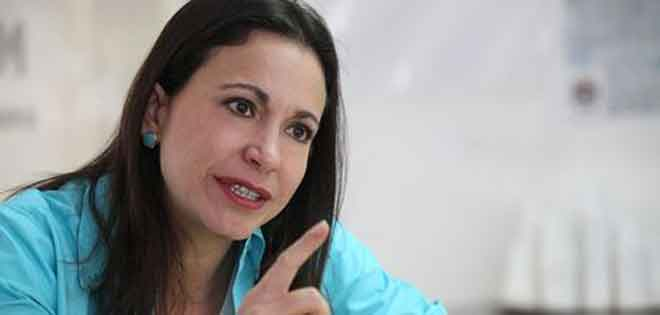 Machado considera que Maduro subestimó a la comunidad internacional