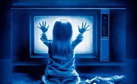 Quieren convertir Poltergeist en una película para niños