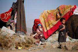 Al menos 25 muertos en un ataque aéreo saudí sobre un mercado en Yemen