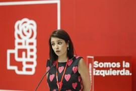 El PSOE no renuncia a presentar una moción de censura contra Rajoy pero ve