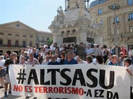 La Fiscalía pide 375 años de cárcel para los ocho acusados por la agresión de Alsasua