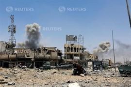 Estado islámico ataca una aldea al sur de Mosul mientras lucha por retener su último reducto