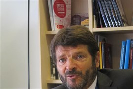 El director de los Mossos Albert Batlle presenta su dimisión