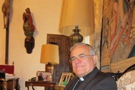 El obispo de Córdoba pide al Apóstol Santiago que