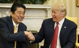 Abe coincide con Trump sobre la necesidad de tomar más medidas contra Corea del Norte