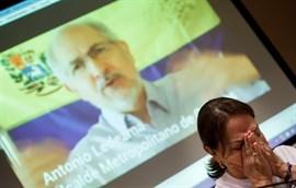 La familia de Antonio Ledezma denuncia que los abogados no han podido verle desde que volvió a Ramo Verde