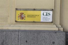 Los políticos pasan a ser el tercer problema de España, detrás del paro y la corrupción, según el CIS