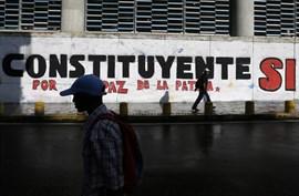 El 'chavismo' instala la Asamblea Constituyente pese a los numerosos llamamientos en contra