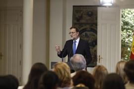 Rajoy pide voluntad de entendimiento para pactar la financiación autonómica y no
