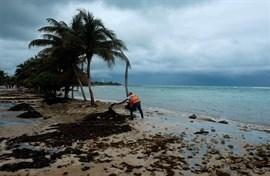 La tormenta tropical 'Franklin' se convierte en huracán en su avance hacia México