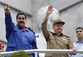 Castro traslada a Maduro su