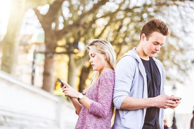 Muchos jóvenes presentan ansiedad al quedarse sin internet