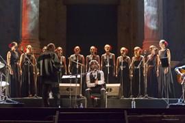 Flamenco, fado y voces búlgaras fusionan música y culturas en Mérida contra el atentado de Barcelona