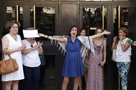 Juez obliga a Juana Rivas a entregar a sus hijos al padre este lunes