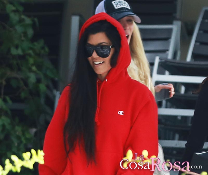 Kourtney Kardashian lista para volver a la universidad