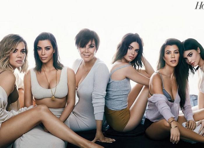 Las Kardashian, al completo, posan en lencería