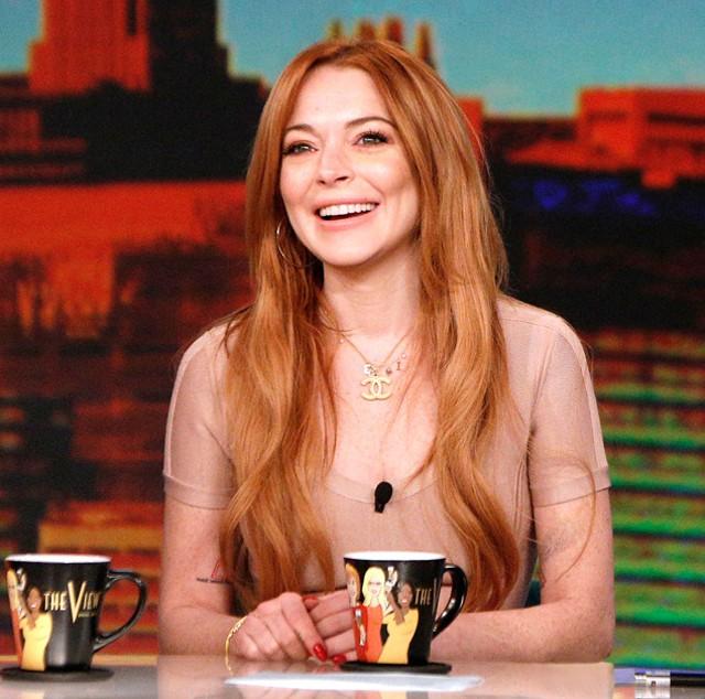 Lindsay Lohan admite que sus relaciones sentimentales han sido una distracción