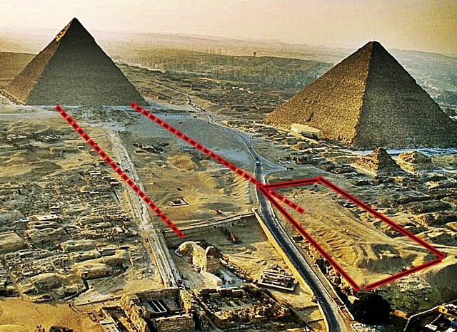El rectángulo rojo señala el montículo donde habría estado la segunda esfinge.