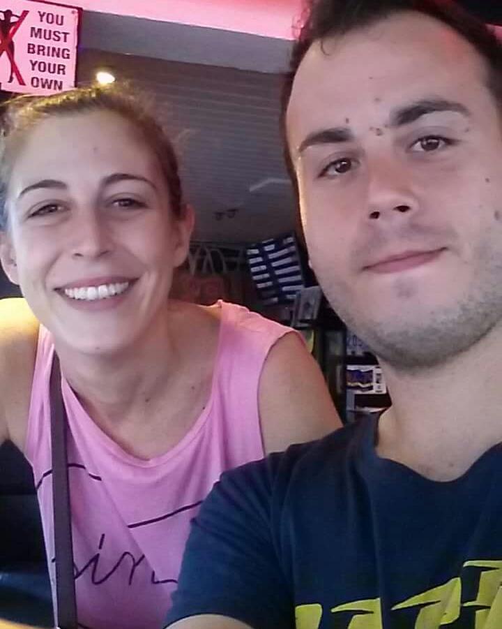 La pareja valenciana que aún se encuentra en la isla de San Martín tras la devastación del huracán, Miqel Sarra / REUTERS