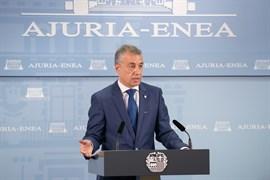 Urkullu explica por carta Rajoy que el reconocimiento a las víctimas de abusos policiales