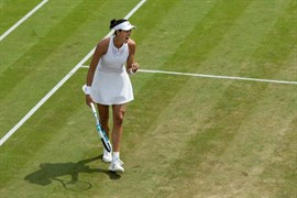 Muguruza sigue firme en Wimbledon y se mete en semifinales