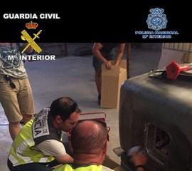 Nueve detenidos de una red dedicada al tráfico de hachís que operaba en Melilla, Alicante y Almería