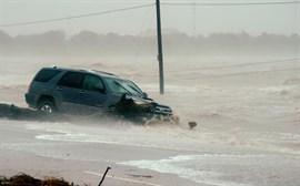 Ascienden a cinco los muertos por el paso de 'Harvey' por el estado de Texas