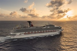 Carnival llevará a puerto a los 7.000 cruceristas atrapados tras 'Harvey'