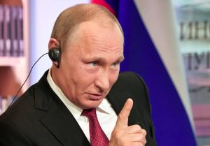 Putin esconde una política represora y dictatorial bajo una aparente democracia