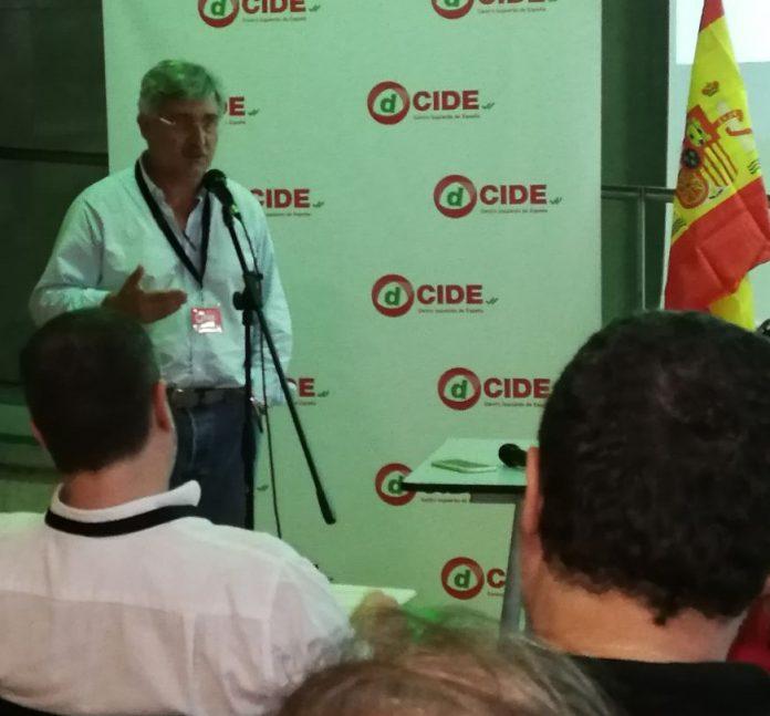 Antonio Robles, miembro del Consejo Nacional del partido Centro Izquierda de España