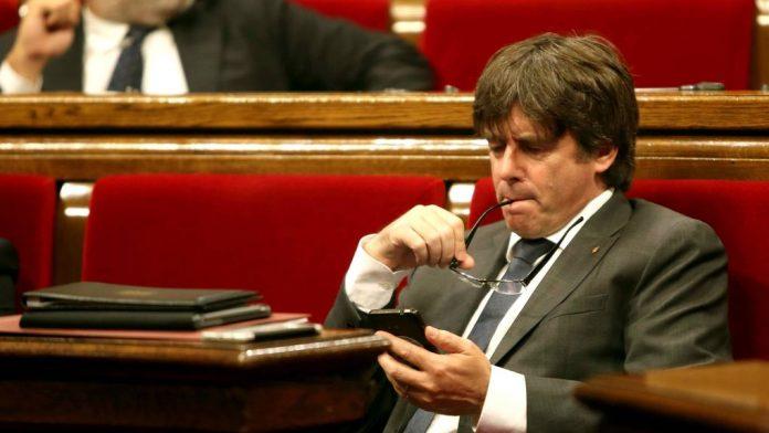 Carles Puigdemont prepara su maquiavélico plan para declarar la independencia