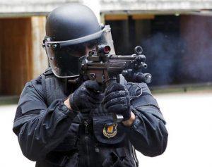 Los Mossos cuentan con moderno material militar