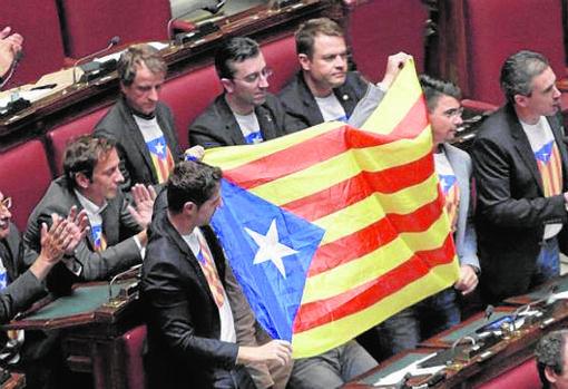 Diputados de la extrema derecha italianos apoyan sin reparos al PdCat y la independencia de Cataluña (Foto: Parlamento italiano en 2014)