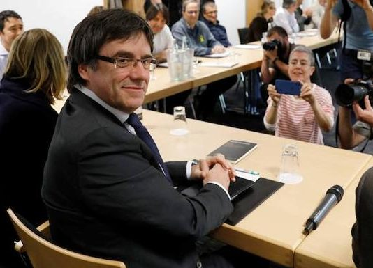 Carles Puigdemont planea lanzar nuevas provocaciones al Estado