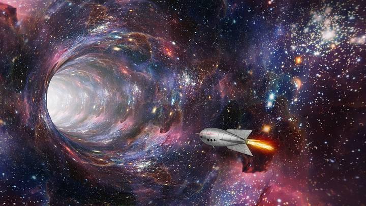 Es posible que una nave cruce intacta un agujero negro? Investigadores  creen que sí | Noticiero Universal